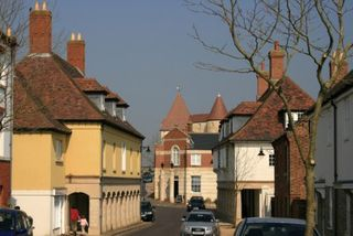 T_poundbury-village-dorset-lisa-mae