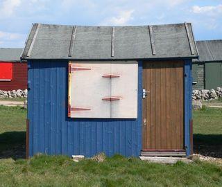 Hut 9