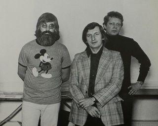 1977D