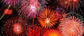 Fireworks1-910x390