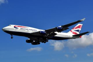 Boeing_747-436_-_British_Airways_(G-BNLF)