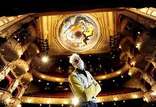 FREE PIC- John Byrne Kings Theatre Mural EM 03